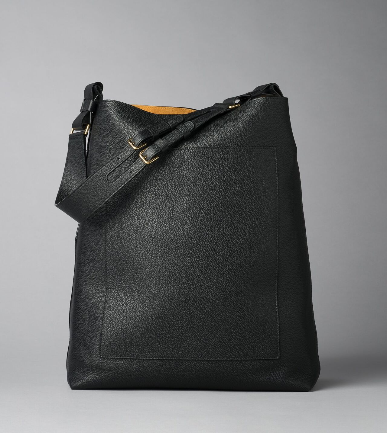 Picture of Byredo Eazy bag in Black tumbled leather