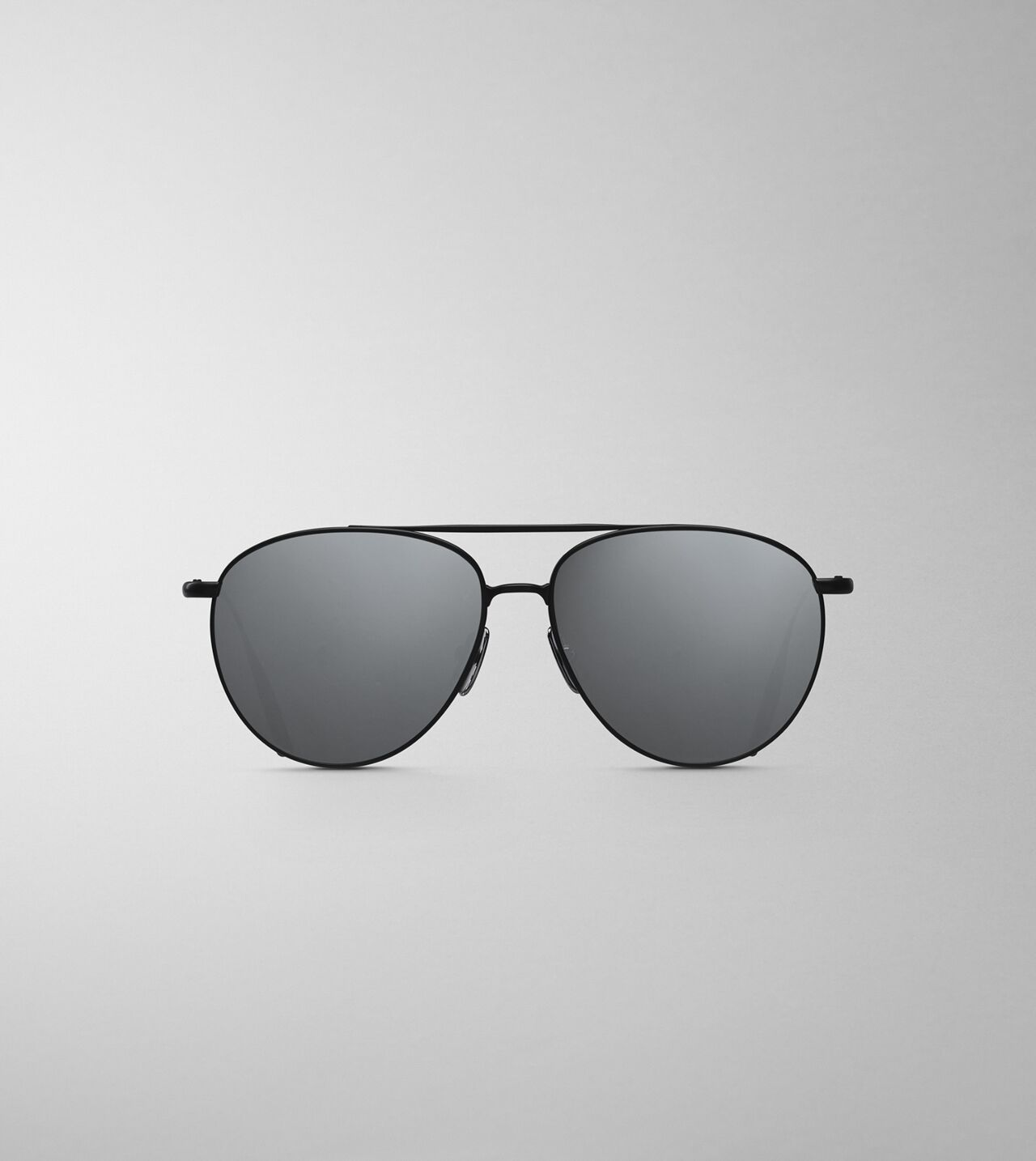 Picture of Byredo The Certified Pilot in Black grey mirror