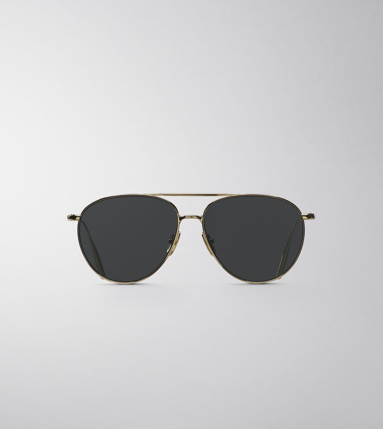 Picture of Byredo The Certified Pilot in Gold grey