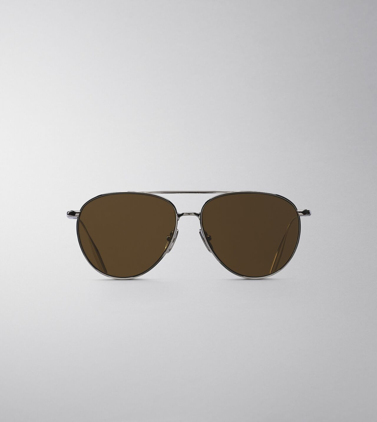 Picture of Byredo The Certified Pilot in Palladium brown